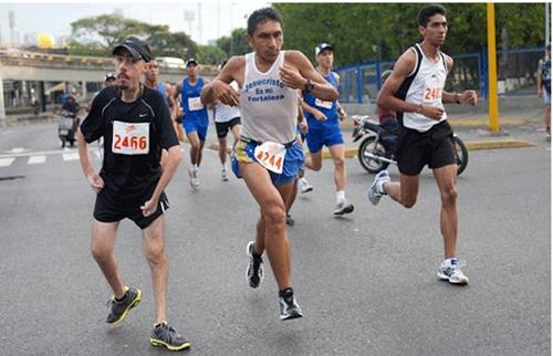 El objetivo del venezolano no es lograr un buen registro de tiempo, sino inspirar a otros.