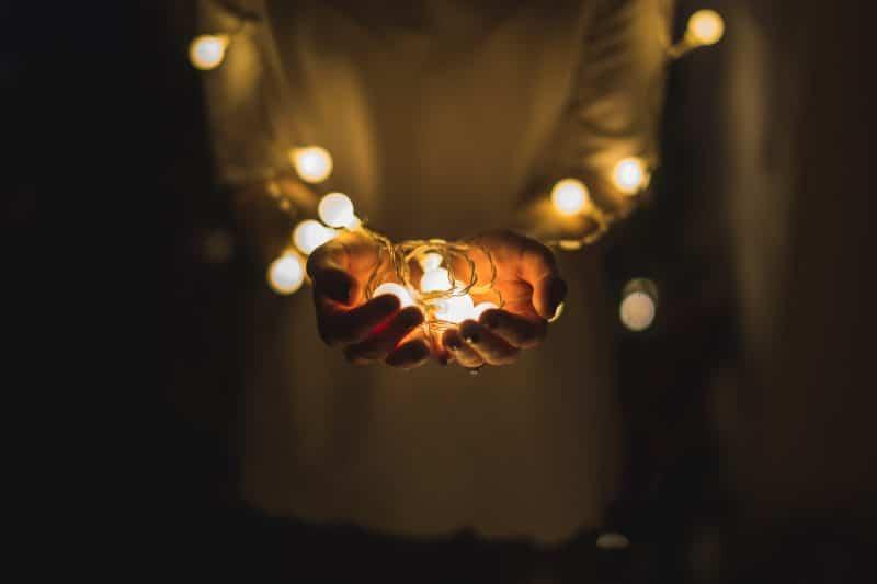 La esencia de la Navidad está en el espíritu y no únicamente en lo material